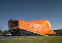 Theater_Agora-architecture-kontaktmag-02