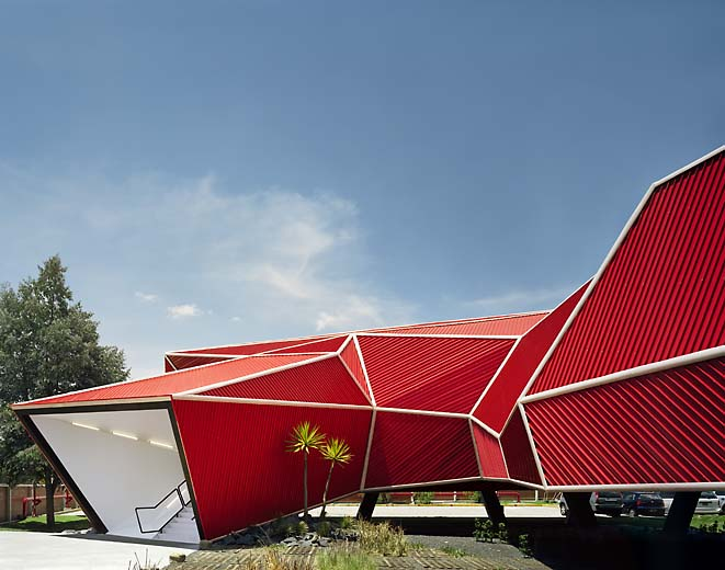 Origami Volumetric House Structure - Beached House by BKK