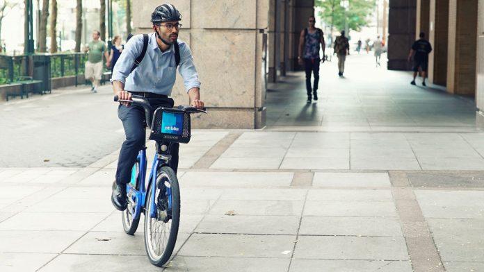 fend_bike_helmet-industrial_design-kontaktmag02