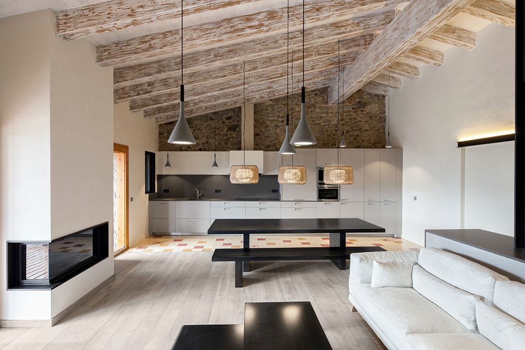 La Cerdanya Farmhouse Architecture Kontaktmag04