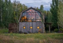 The_Barn_Wyoming-architecture-kontaktmag-main