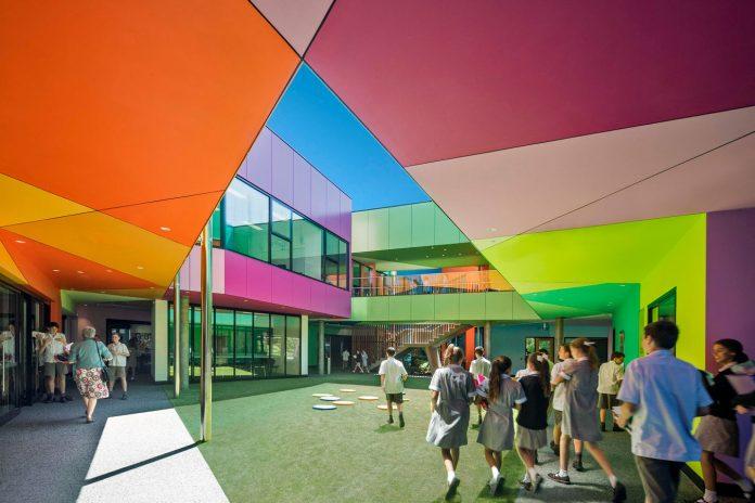 Ivanhoe_Grammar_School-architecture-kontaktmag-02