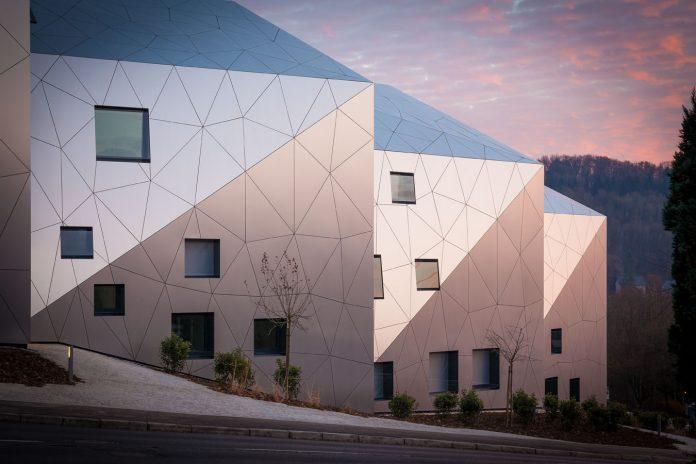 Lux_Residence_Metaform-architecture-kontaktmag-11