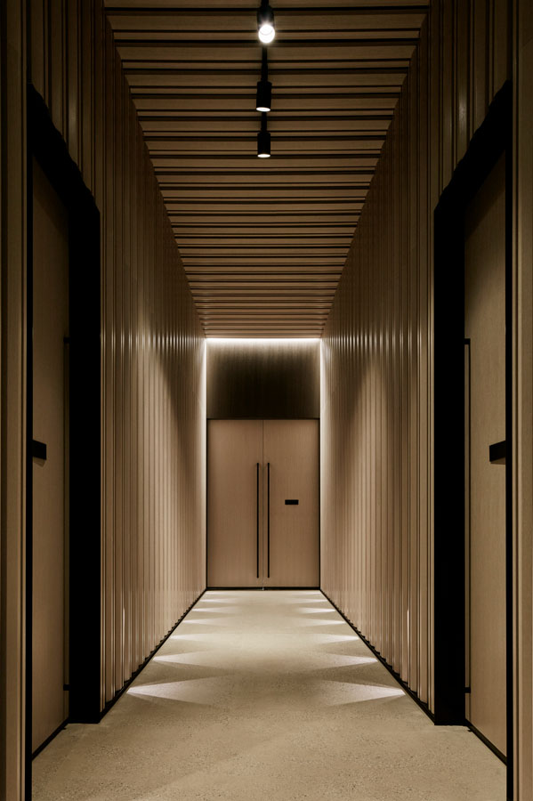 lighting a law office to enhance the architecture kontaktmag