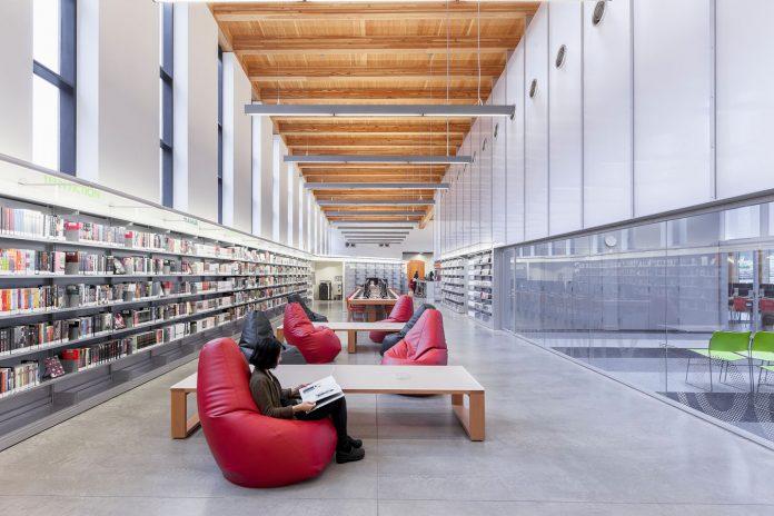 New_York_Public_Library_Stapleton-architecture-kontaktmag-07